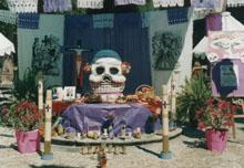 Dia de los Muertos altar at La Biblioteca, San Miguel de Allende, 10-26-07